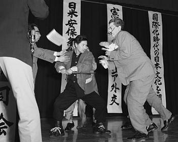 浅沼稲次郎暗殺事件
